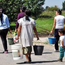Los millones de mexicanos sin agua y el engaño de las tarjetas milagrosas