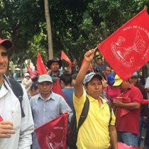 Se manifiestan en Oaxaca porque funcionarios del Gobierno estatal no atienden las demandas del pueblo
