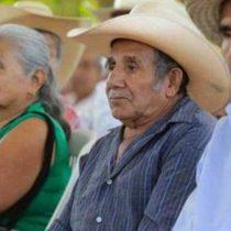 Con Morena sufren adultos mayores para recibir apoyos