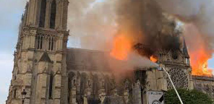Reconstrucción de Notre Dame envuelta en la polémica