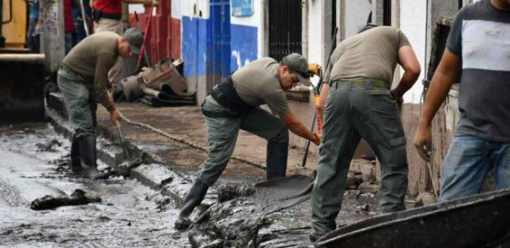 Apoyan a afectados tras desborde de río en Jalisco