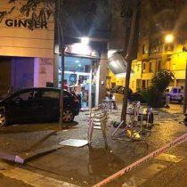 Auto atropella a 9 personas en la terraza de un bar en España