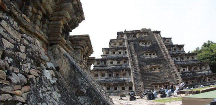 Se debe castigar a quienes afectan zonas arqueológicas: AMLO