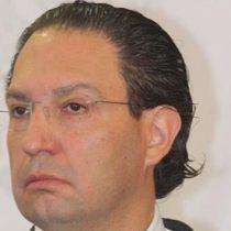 Otorgan suspensión definitiva a ex colaborador de Robles