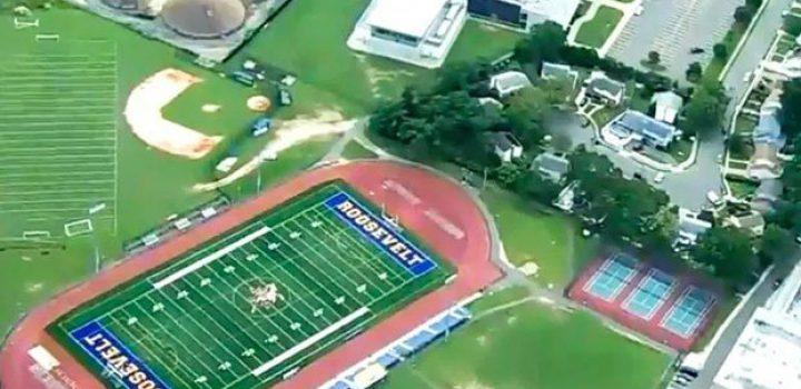 Tiroteo en campo de futbol obliga a cerrar escuelas en NY
