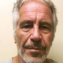 Su muerte no da justicia a nadie: víctimas de Epstein