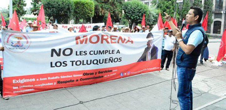 Golpean y detienen a dos comerciantes por exigir obras y servicios en Toluca