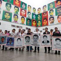 Mañana miércoles se reúne AMLO con padres de los 43 normalistas