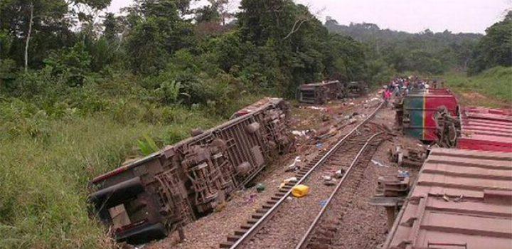 Mueren 50 personas al descarrilar tren en el Congo