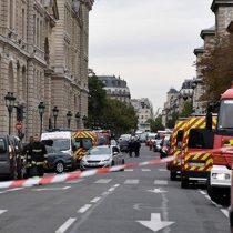 Atacante con cuchillo mata a cuatro policías en París