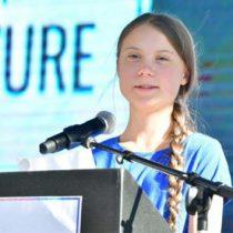 California azotada por nuevo incendio en visita de Greta Thunberg