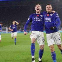Leicester se mantiene en lo alto y apaga al Arsenal