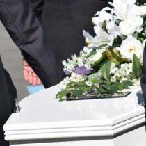 'Prohiben' morirse en fin de semana y días festivos