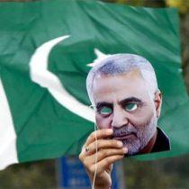 Pakistán se ofrece a mediar crisis entre Irán y Estados Unidos