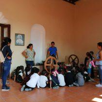 Artesanos preservan la tradición rebocera de Santa María del Río en San Luis Potosí