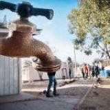 Acusan discriminación con distribución de agua en San Luis Potosí