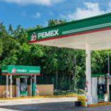 Peso mexicano cae tras rebaja de S&P a notas de México y Pemex; abre en 23.35 por dólar
