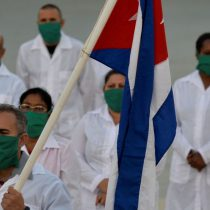 Cuba envía a México 10 médicos para combatir la pandemia por Covid-19