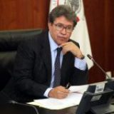 Cuestiona Monreal ley educativa de Puebla