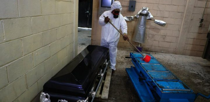 México reporta nuevo récord de contagios de Covid-19 en un día