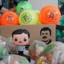 Reparten juguetes a niños con imagen del 'Chapo'