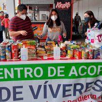 Universitarios de Ixtapaluca colectan víveres para afectados por la pandemia