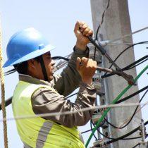 Suman 55 decesos de trabajadores de la CFE por Covid-19