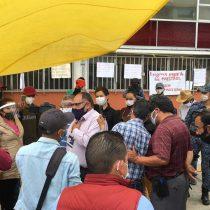 Fayad reprime a maestros que exigen pagos atrasados