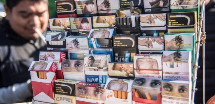 La venta de cigarros cae 45% en México por el coronavirus