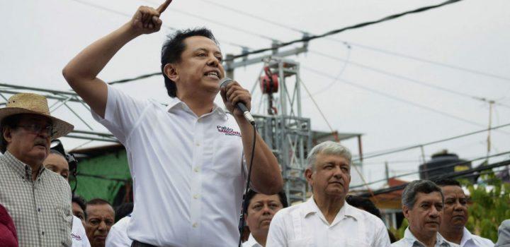 Denuncian a Pablo Amílcar Sandoval ante la FEDE-Guerrero
