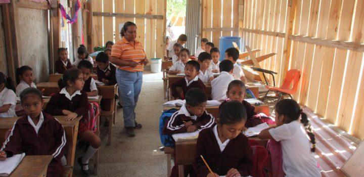 Covid obliga a desertar a 2,5 millones de estudiantes