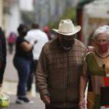 Más de 33 mil adultos mayores de 60 años murieron de Covid-19 en México
