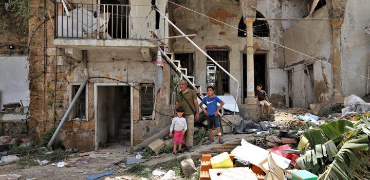 Gente sin casas y ni ayuda: Beirut después de la explosión