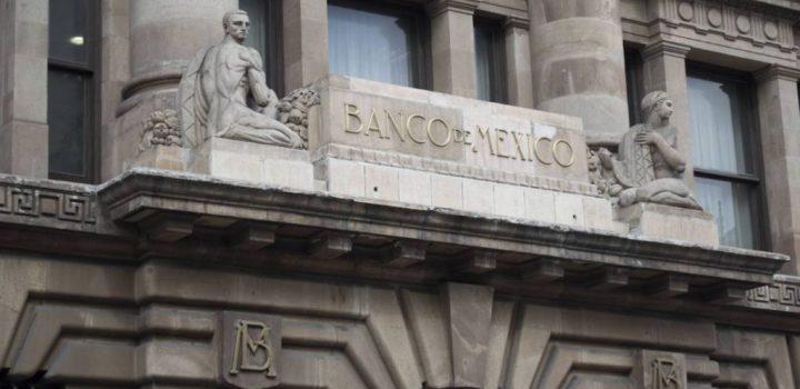Banxico ajusta estimación de caída del PIB hasta 12.8% en 2020