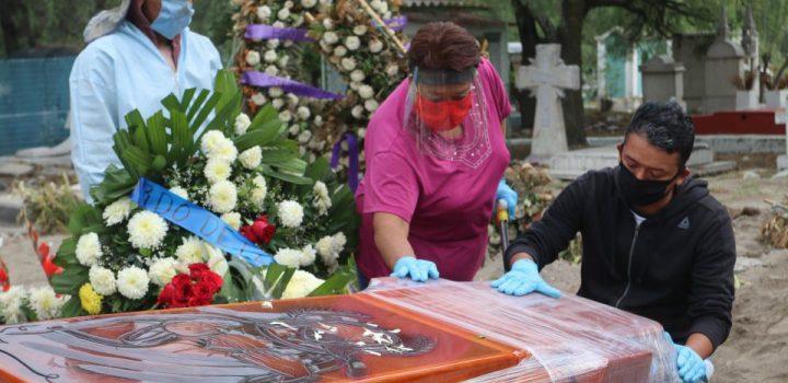 Rebasa México las 64 mil muertes por Covid-19
