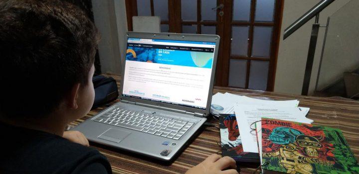 Sólo 5% de estudiantes pobres tienen computadora