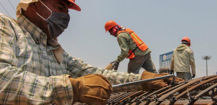 Producción industrial se desplomó 14.1% el primer semestre del año: Inegi