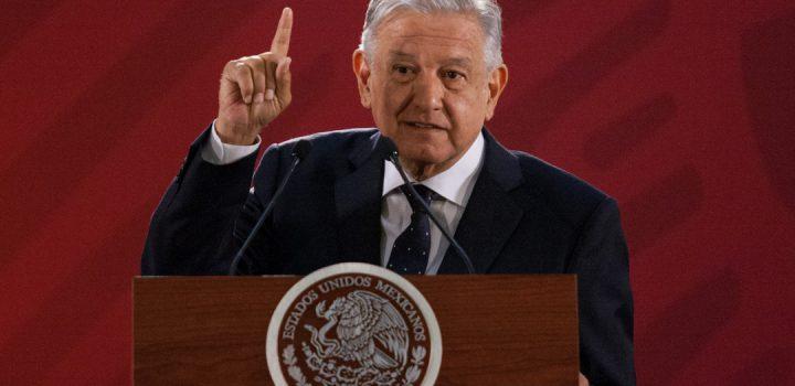 Sí se va a hacer consulta sobre expresidentes, yo la solicitaré: AMLO