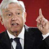 """Ante represión violenta en Tabasco; AMLO: """"no protesten paisanos"""""""