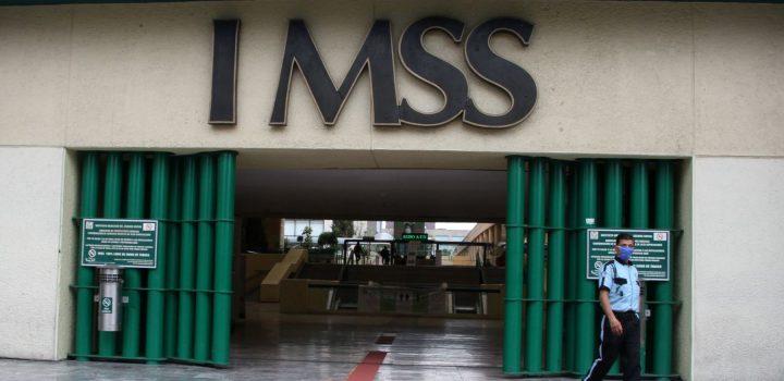Vinculan a proceso a dos funcionarios del IMSS por sobreprecio en contratos