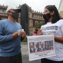 Morena presentó firmas de muertos para consulta contra expresidentes
