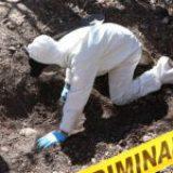 Colectivos hallan 35 bolsas con restos humanos en Acámbaro, Guanajuato