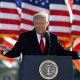 Entregan a Senado de EU artículo de juicio político contra Trump y da inicio al proceso de impeachment