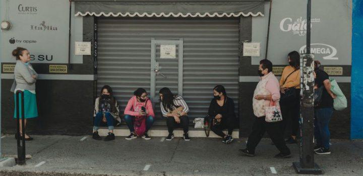 Semáforo rojo en el Valle de México aumentará pobreza laboral: Coneval