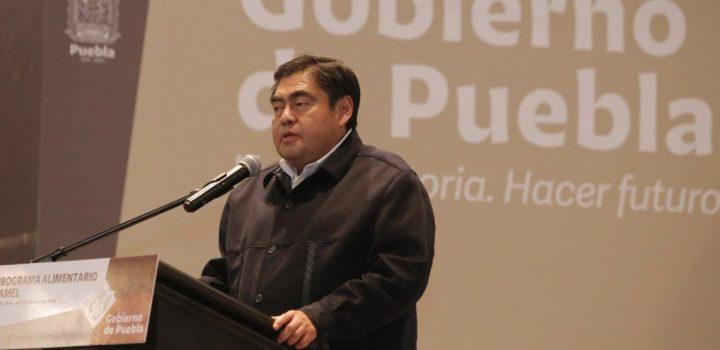 Gobierno de Puebla adjudicó de manera directa 63% de contratos en 2019