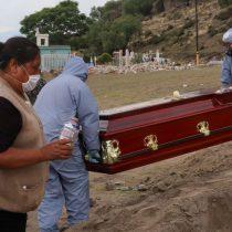 Muertos por Covid son 45% más de lo reportado por Salud: Inegi