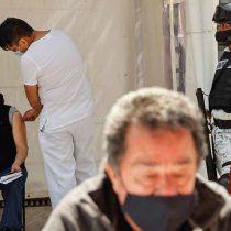 Persisten retrasos en segundo día de vacunación en CDMX
