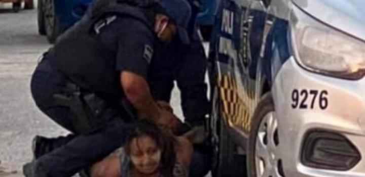 Policías matan a mujer detenida en Tulum, Quintana Roo