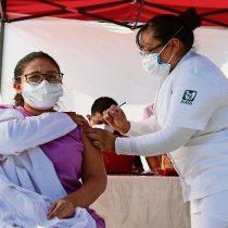 México lleva 3 millones de vacunas, aún insuficientes