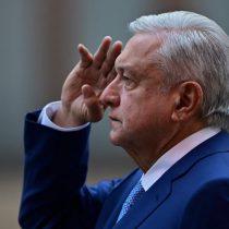 Arrogancia de AMLO ante el Covid-19 provocó una tragedia en México: The Guardian